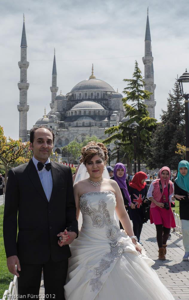 Brautpaar vor der Blauen Moschee